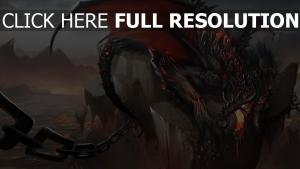 dragon furieux chaîne aile