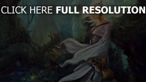 blond forêt regard solitaire