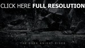 chevalier noir masque brisé averse