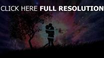nuit couple étreinte arbre sort de magie