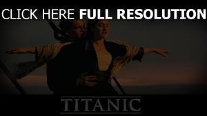 titanic étreinte kate winslet leonardo dicaprio