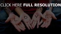 bras inscription romantique