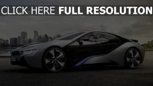 bmw i8 voiture de sport hybride vue de côté