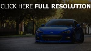 subaru brz vue de face bleu voiture de sport