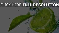 lime eau éclaboussure
