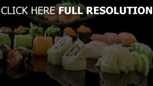 sushi makis gros plan citron