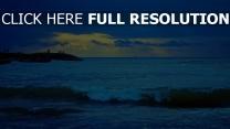 vague mer coucher du soleil lettonie