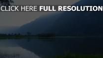 lac calme suisse montagne