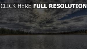 nuageux lac suisse