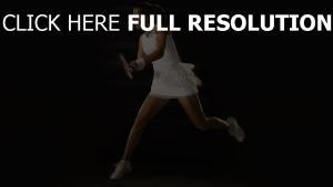 tennis jolie brunette vitesse