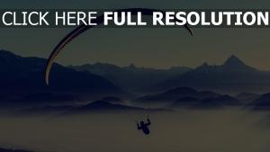 saut en parachute montagne autriche