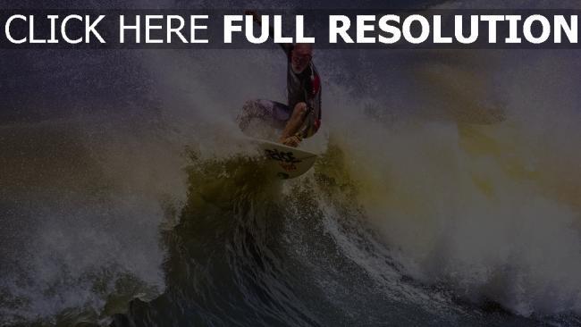 fond d'écran hd surf vague éclaboussure chauve athlète