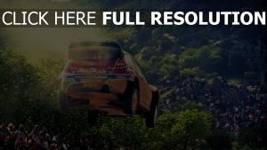 ford rallye poussière vitesse