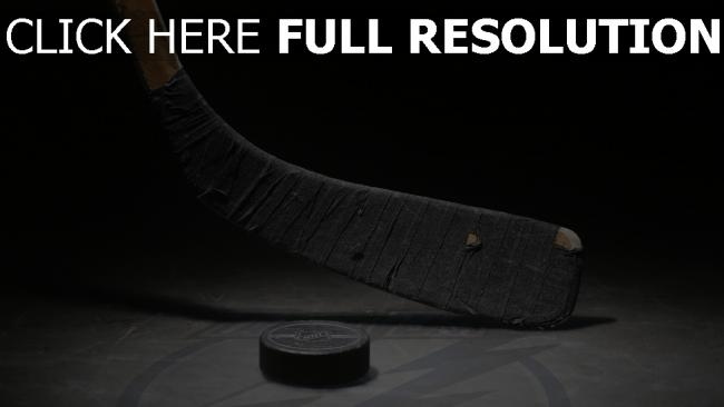 fond d'écran hd bâton rondelle gros plan hockey
