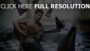guitare tatouage chambre