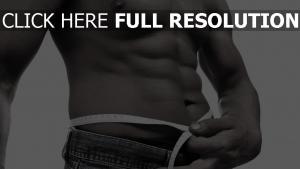muscles noir et blanc torse