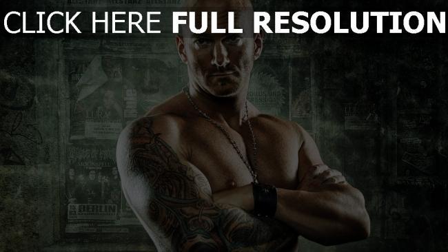 fond d'écran hd combattant tatouage chauve brutal