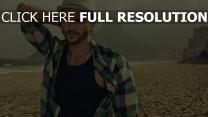 ashton kutcher plage copacabana rio de janeiro