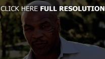 mike tyson visage tatouage boxeur