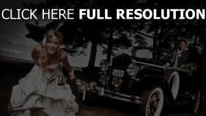 mariage robe grimace rétro