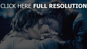 titanic leonardo dicaprio couple triste