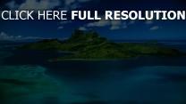 île tropical vue aérienne azur océan paradis