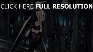 blond guerrier katana épée à deux mains
