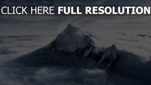 everest montagne vue d'en haut nuage