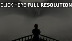 le trône de fer dragon brouillard