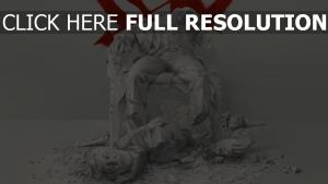 hunger games ruines statue