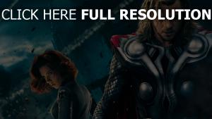 chris hemsworth,scarlett johansson ruines