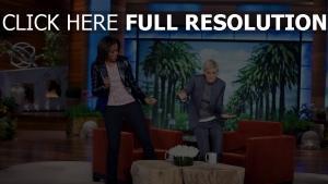 michelle obama veste cuir danser