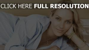 uma thurman tendre blond maquillage