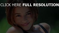alizee chanteuse visage naturel