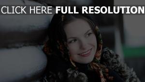 russie foulard visage sourire
