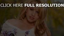 lexi belle naturel actrice