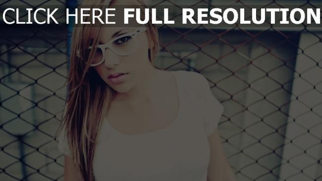 fond d'écran hd cheveux bruns lunettes sérieux