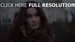 roux foncé viage belle cheveux longs