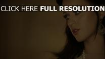 katy perry sensuel regard maquillage