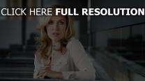 gillian anderson blond actrice visage