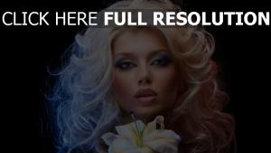 bouclé cheveux sensuel visage maquillage