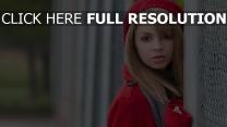 lexi belle rouge chapeau actrice