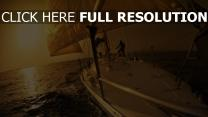 mer voilier coucher du soleil
