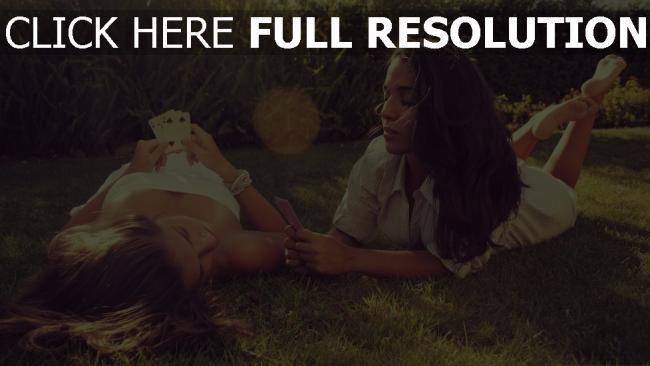 fond d'écran hd pelouse brunette naturel carte à jouer