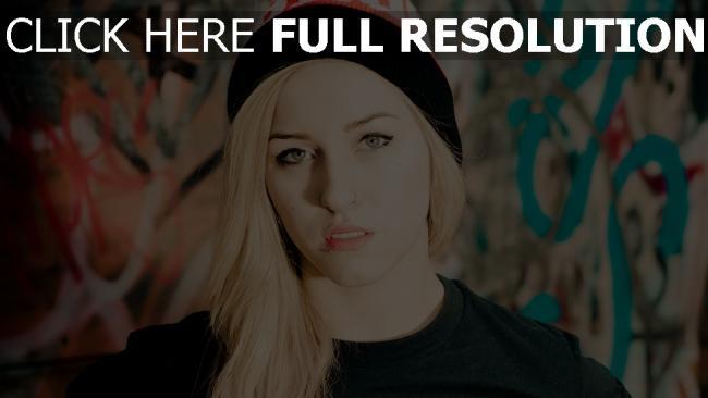fond d'écran hd blond style urbain piercing chapeau mascara