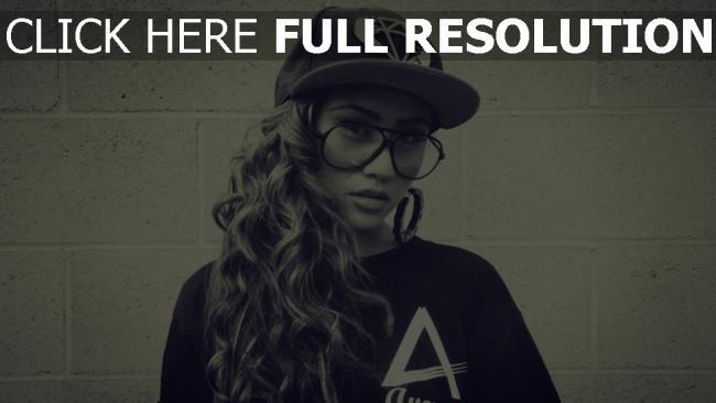 fond d'écran hd bouclé cheveux lunettes casquette style urbain