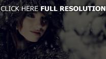 chapeau fourrure enneigé visage naturel