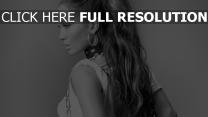 jennifer lopez sensuel cheveux longs noir et blanc