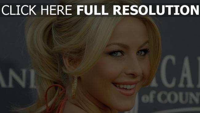 fond d'écran hd julianne actrice blond yeux bleus sourire