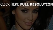 kim kardashian mascara gros plan